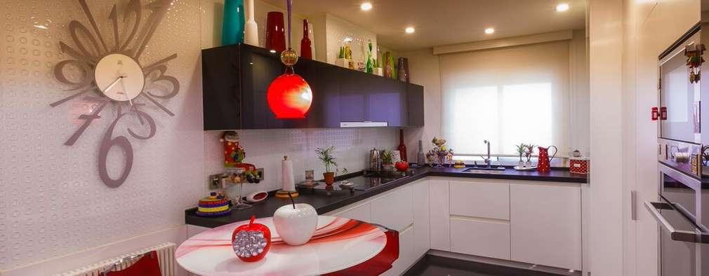 Cocina sin tiradores: Cocinas de estilo moderno de Conarte cocinas