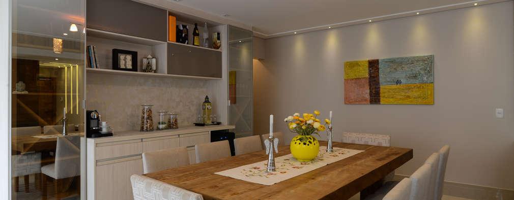 Столовые комнаты в . Автор – LAM Arquitetura | Interiores