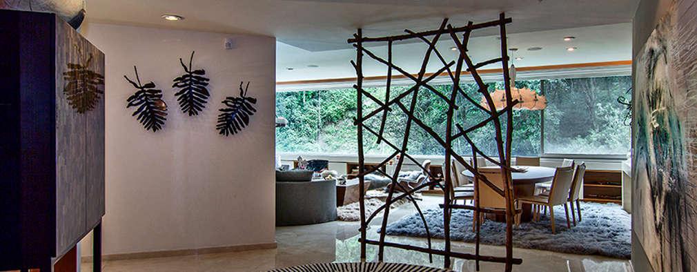 modern Living room by Olivia Aldrete Haas