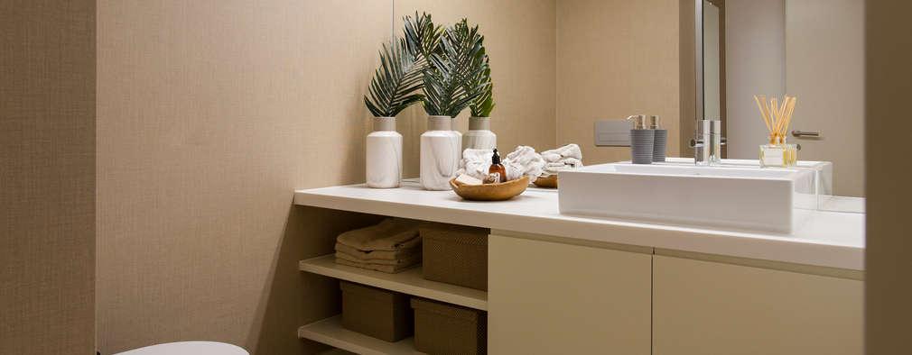 Ванные комнаты в . Автор – Traço Magenta - Design de Interiores