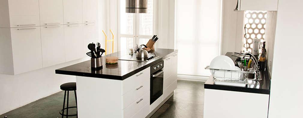 minimalistic Kitchen by PUNCH TAD