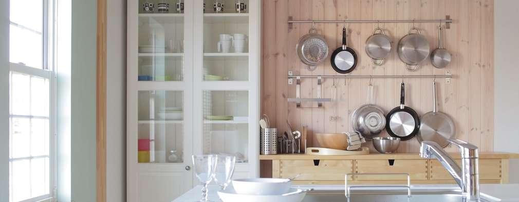 scandinavian Kitchen by dwarf
