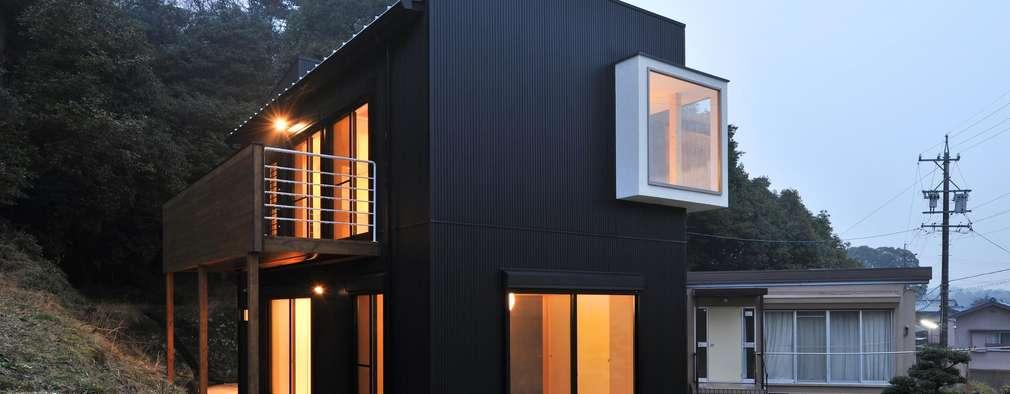Projekty, eklektyczne Domy zaprojektowane przez 若山建築設計事務所