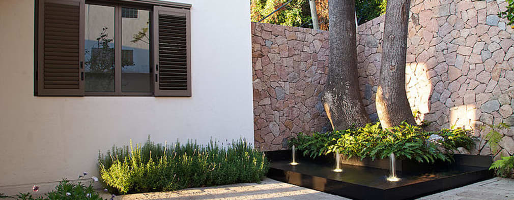 14 fuentes modernas para patios y entradas peque as - Fuentes para patios ...