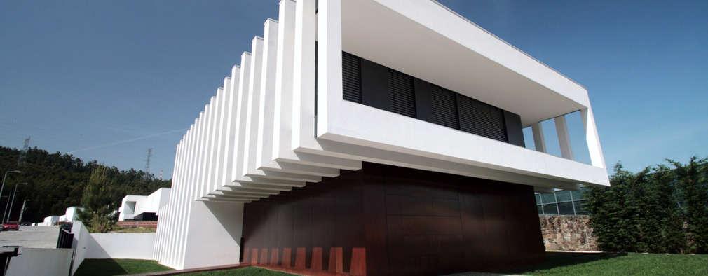 منازل تنفيذ TRAMA arquitetos