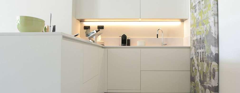 modern Kitchen by LTAB/LAB STUDIO