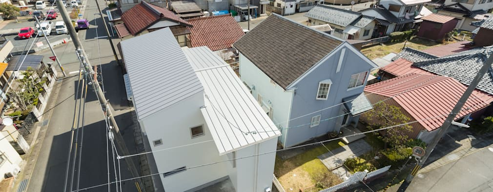 クサビノイエ 敷地利用: フォーレストデザイン一級建築士事務所が手掛けたです。