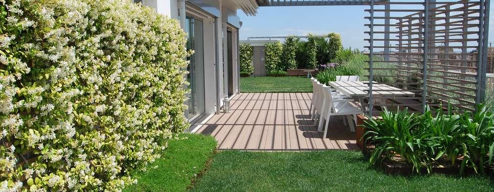 Un Terrazzo in Pessime Condizioni Diventa un\'Oasi Verde