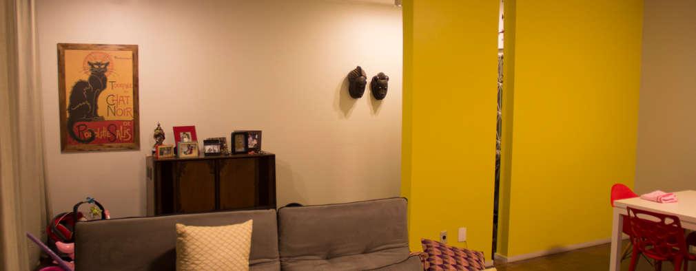 Salas / recibidores de estilo moderno por ARM ARQUITETURA E URBANISMO