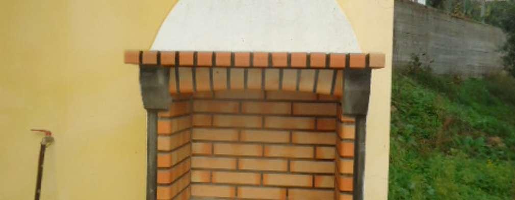 Cocinas de estilo rústico por Atádega Sociedade de Construções, Lda