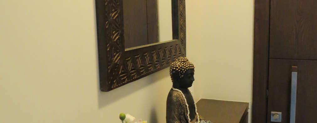 Apartment:  Corridor & hallway by TWISHA THAKKER