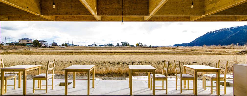 間仕切り無し内部(冬の景色): インデコード design officeが手掛けた商業空間です。