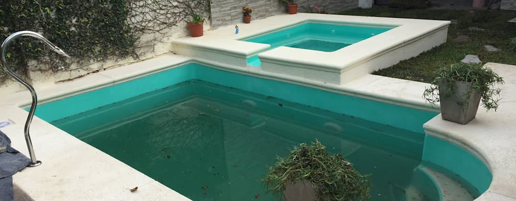 modern Pool by Piletas Crisci