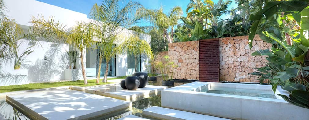 Jardines de estilo moderno por MG&AG.ARQUITECTOS