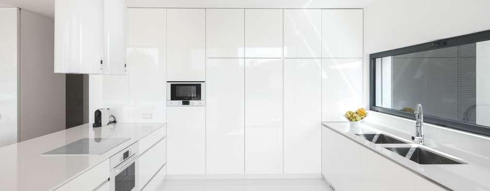 Projekty,  Kuchnia zaprojektowane przez Raulino Silva Arquitecto Unip. Lda
