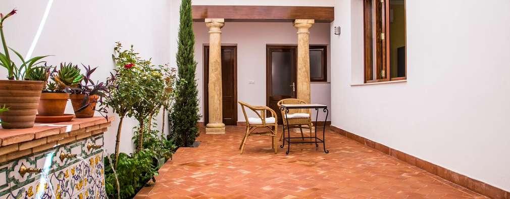 Terrazas de estilo  por R22 ARQUITECTES. Pere Joan Pons