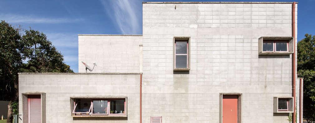 Projekty, industrialne Domy zaprojektowane przez Joana França