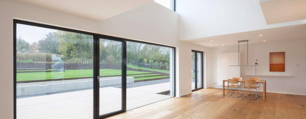 modern Living room by SCHAMP & SCHMALÖER