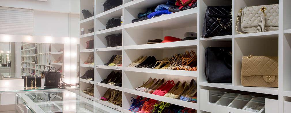 Vestidores y closets de estilo moderno por Karla Silva Designer de Interiores