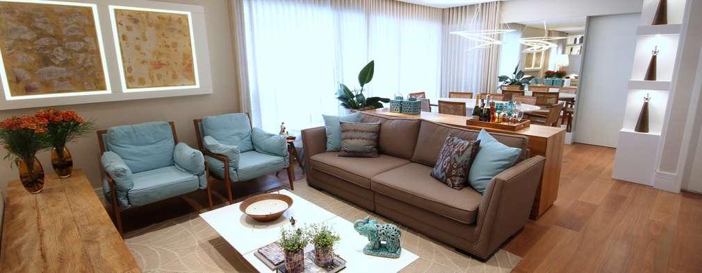 غرفة المعيشة تنفيذ MeyerCortez arquitetura & design