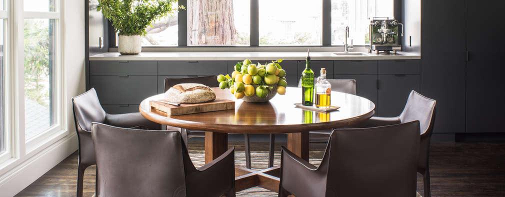 Salle à manger de style de style Moderne par Antonio Martins Interior Design Inc