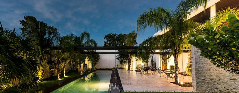 modern Pool by P11 ARQUITECTOS