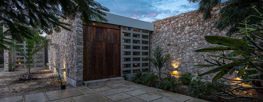 15 ideas con piedra laja para renovar la fachada de tu casa - Piedra para exteriores casas ...