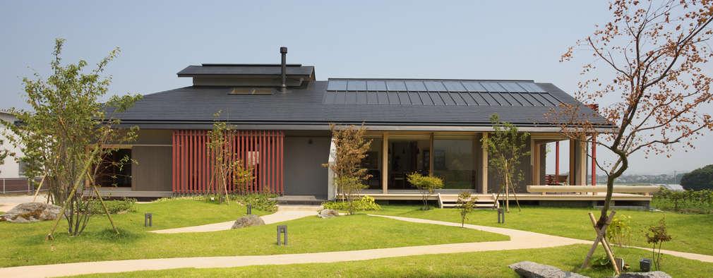 Projekty, eklektyczne Domy zaprojektowane przez AMI ENVIRONMENT DESIGN/アミ環境デザイン