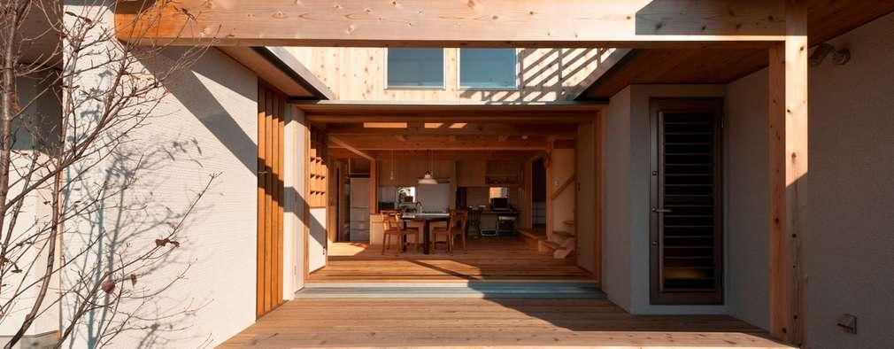 Terrazas de estilo  por AMI ENVIRONMENT DESIGN/アミ環境デザイン