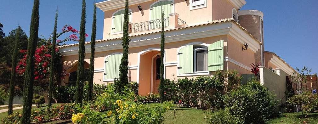 Casas de estilo moderno por flaviatarricone