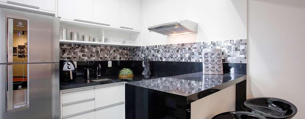 Nhà bếp by Andressa Saavedra Projetos e Detalhes