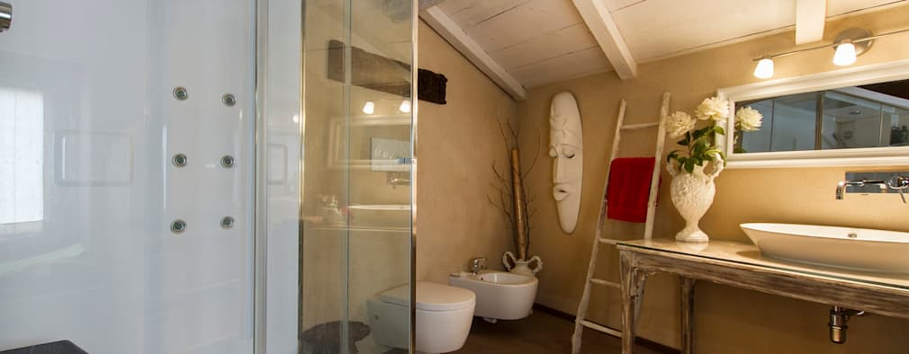 rustic Bathroom by Fabio Carria