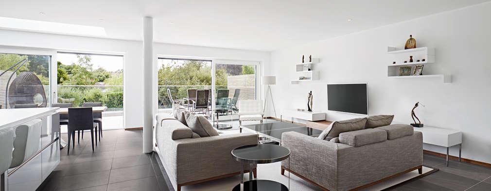 modern Living room by Baufritz (UK) Ltd.