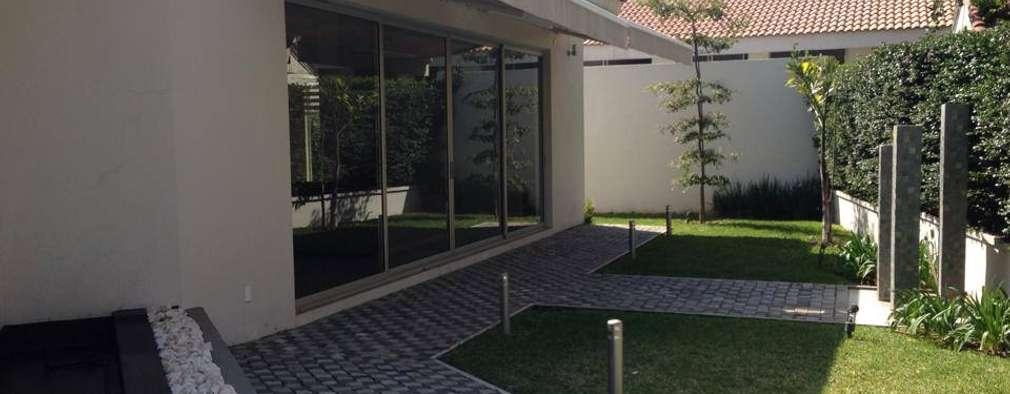 Casas de estilo moderno por Arki3d
