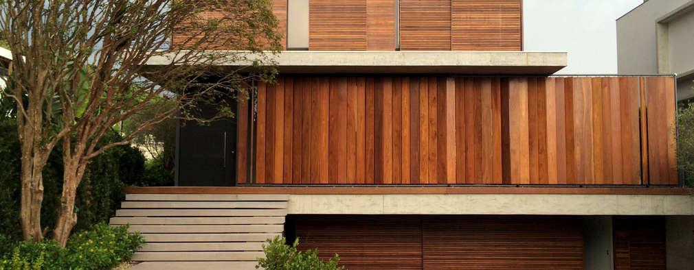 CASA FS: Casas modernas por JOBIM CARLEVARO arquitetos