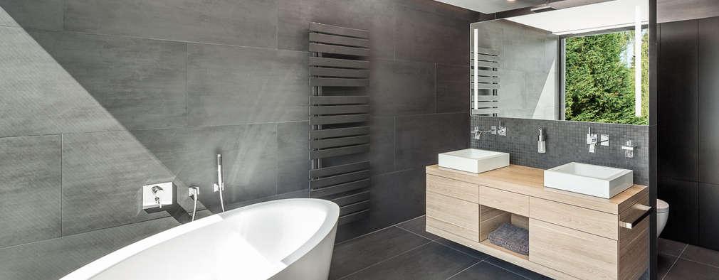 Ванные комнаты в . Автор – ZHAC / Zweering Helmus Architektur+Consulting