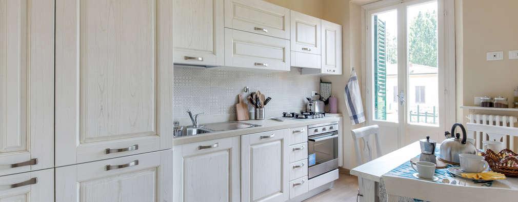 Cozinhas modernas por STUDIO ARCHIFIRENZE