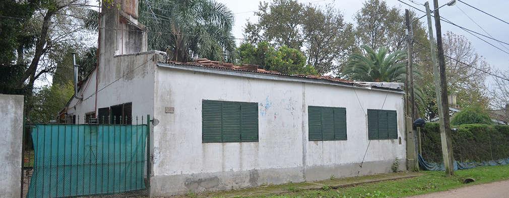 Antes l Fachada Principal: Casas de estilo minimalista por Casa Meva Estudio