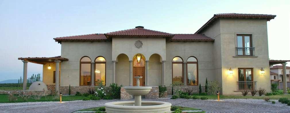 Azcona Vega Arquitectos: akdeniz tarzı tarz Evler