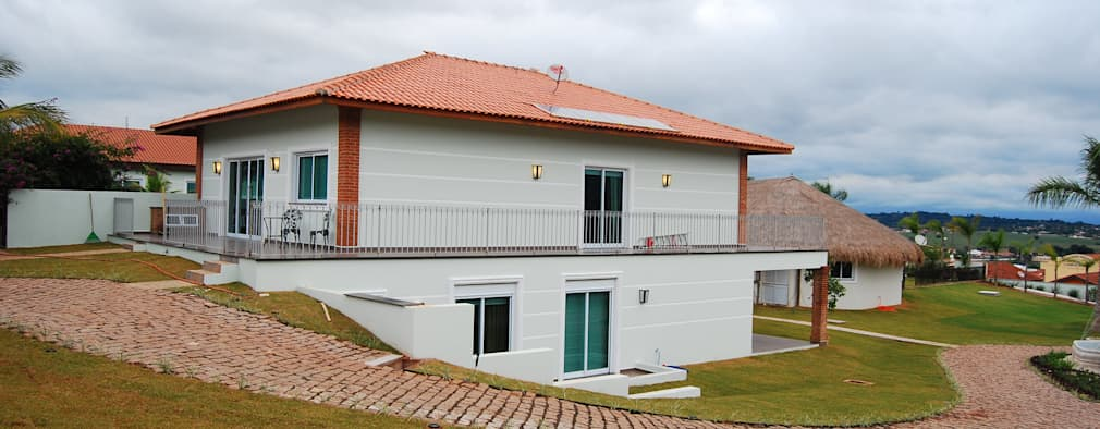 บ้านและที่อยู่อาศัย by MBDesign Arquitetura & Interiores