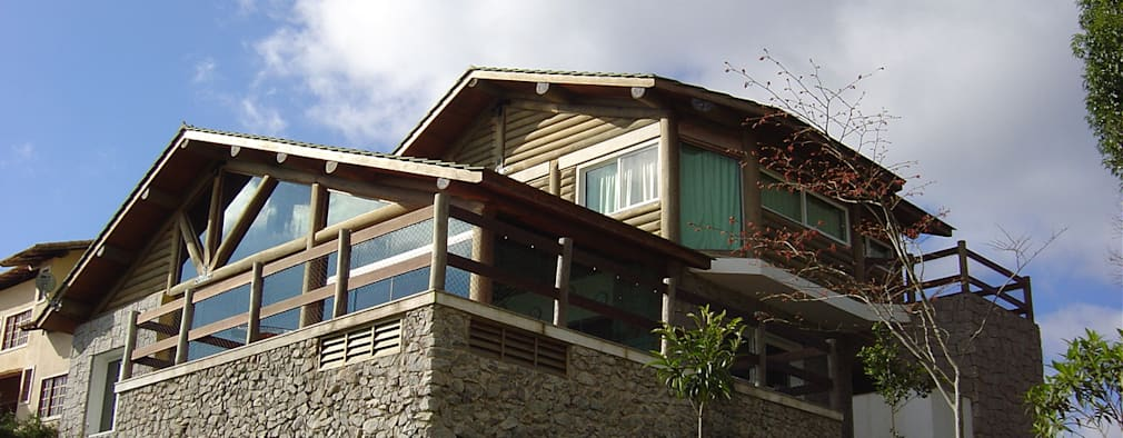 Дома в . Автор – CARLOS EDUARDO DE LACERDA ARQUITETURA E PLANEJAMENTO LTDA.