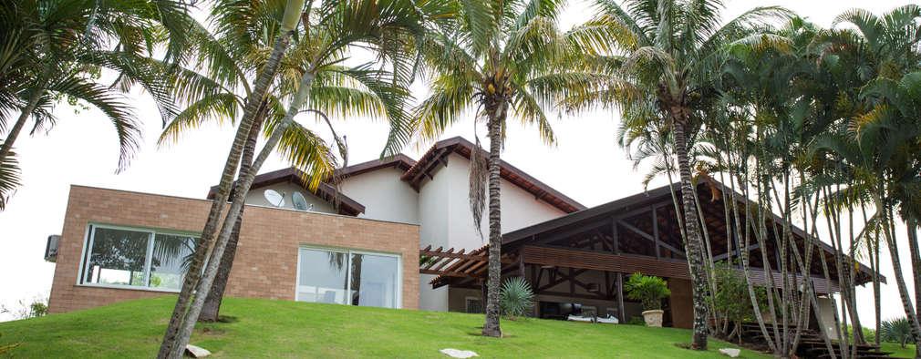 Casas de estilo topical por Cabral Arquitetura Ltda.