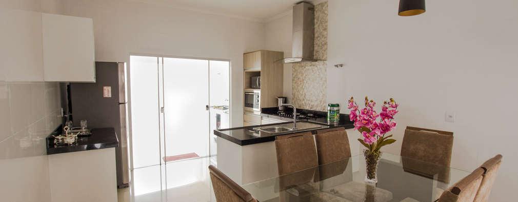 Una casa moderna con interni da favola for Interni casa moderna