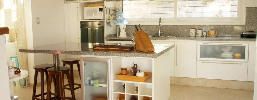 6 mesones de cocinas pr cticas y encantadoras for Materiales para mesones de cocina