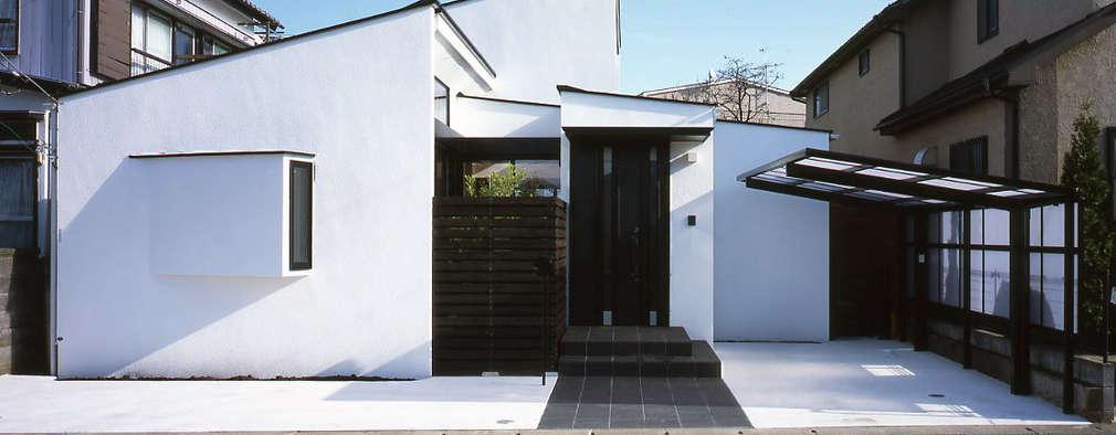 Projekty, nowoczesne Domy zaprojektowane przez 株式会社横山浩介建築設計事務所