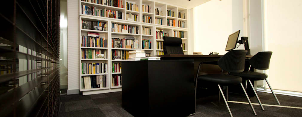 OFICINA BUD: Estudios y biblioteca de estilo  por BMRG arquitectos
