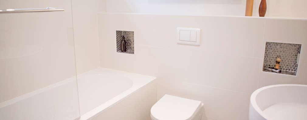 badkamer met zacht blauw: moderne Badkamer door IJzersterk interieurontwerp