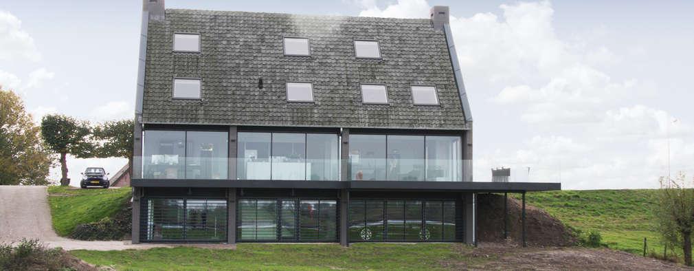 rivierzijde, glazen gevel: moderne Huizen door Arend Groenewegen Architect BNA