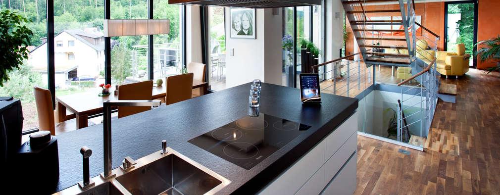 Küche: moderne Küche von Klaus Geyer Elektrotechnik