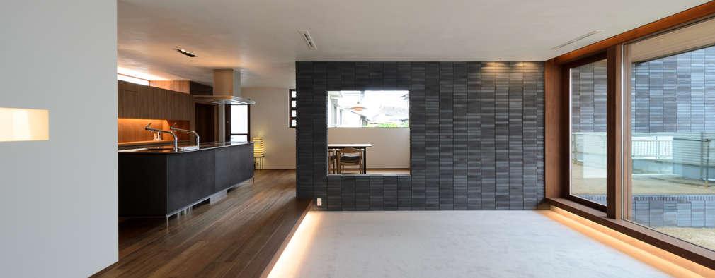 ห้องนั่งเล่น by バウムスタイルアーキテクト一級建築士事務所